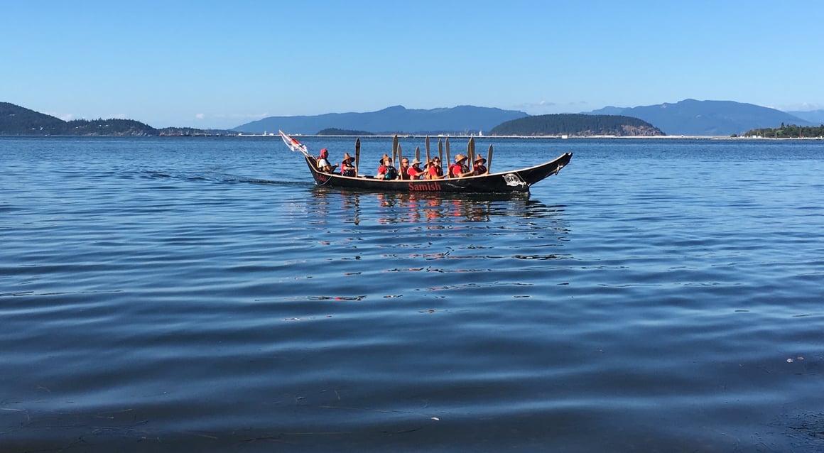 2017 Canoe Journey Anacortes Landing - Samish canoe